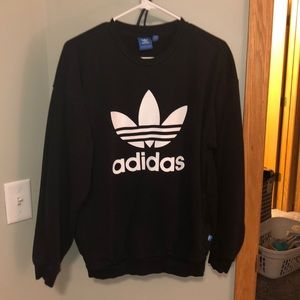 Adidas sweatshirt front pockets